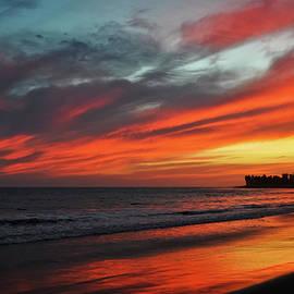 Ventura California Sunset by Kyle Hanson