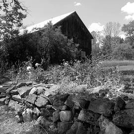 Susan Lafleur - Vermont Barn and Stone Wall