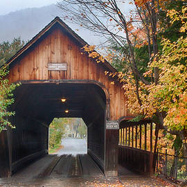 Jeff Folger - Vermont fall colors over the middle bridge