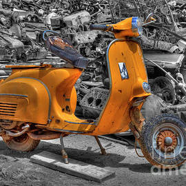 Vespa Super by Tony Baca