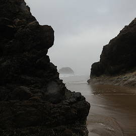 Jeff Swan - View of the ocean just around the corner