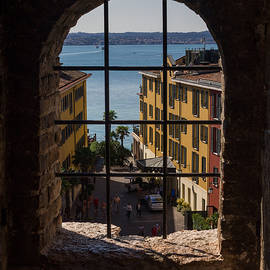 Yevhenii Volchenkov - View on Lake Garda and Sirmione Old city in Italy