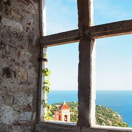 Elena Riim - View to the sea