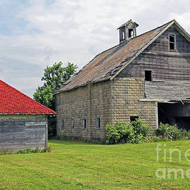 Vintage Barn, Indiana by Steve Gass