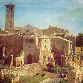 Joan Carroll - Vintage Civita di Bagnoregio Italy
