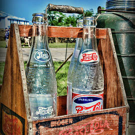 Vintage Double Dot Wooded Pepsi Carrier by Paul Ward