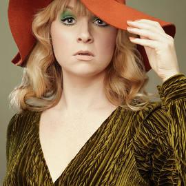 Vintage Seventies Fashion - Amanda Elwell