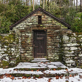 Virginia Old Stone Pumphouse by Norma Brandsberg