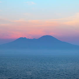 Guido Montanes Castillo - Volcano Vesuvius Napoly Italy at sunset