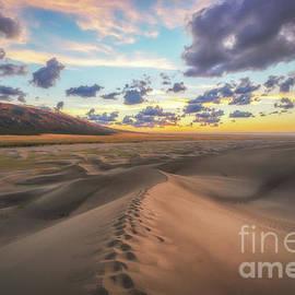 Michael Ver Sprill - Walking On Sand