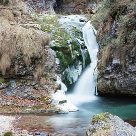 Nicola Simeoni - Waterfalls and ice water games - Winter
