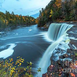 Norris Seward - Waterfalls Upper Tahquamenon Autumn Colors -5144