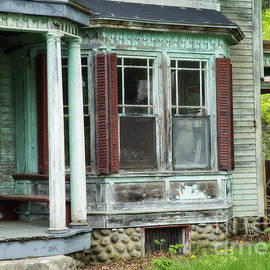 Alana Ranney - Weathered Old Home