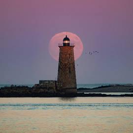 Jeff Folger - WhaleBack Lighthouse moonrise