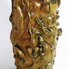 Dawn Senior-Trask - Wildflower Promise - Bronze Vase - detail 2