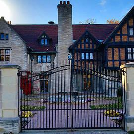 Michael Rucker - Willistead Manor