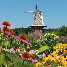 Windmill Island Gardens at De Zwaan