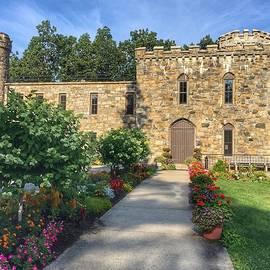 Winnekenni Castle by Anne Sands