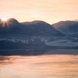 Mackenzie Moulton - Winter In Scotland