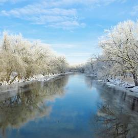Lori Frisch - Winter on the River