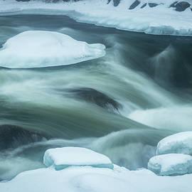 Edward Muennich - Foggy and Snowy River