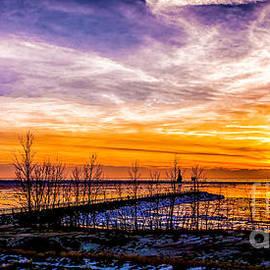 Nick Zelinsky - Winter Sunset at Muskegon Light