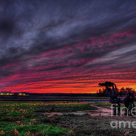Reid Callaway - Winter Sunset The Iron Horse Greene County Art