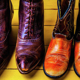 Women And Childrens Boots - Garry Gay