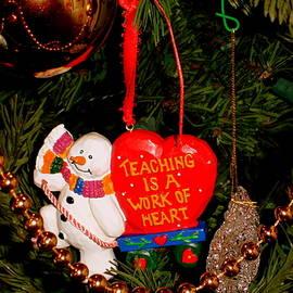 Wonderful Memories at Christmas by Arlane Crump