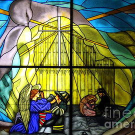 Ed Weidman - World Trade Center Stained Glass  Memorial