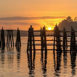 Kristina Rinell - Yaquina Bay Sunset