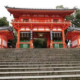 M Y - Yasaka Shrine  八坂神社 西楼門