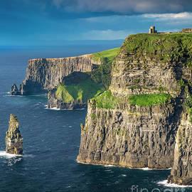 Cliffs Of Moher by Brian Jannsen