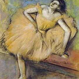 Edgar Degas - Danseuse Assise