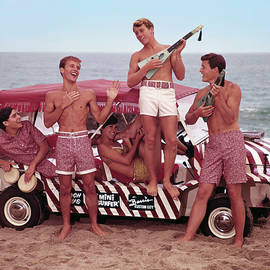Guys And Gals On The Beach by Tom Kelley Archive