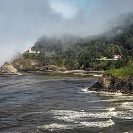 Heceta Head Lighthouse by Wes and Dotty Weber