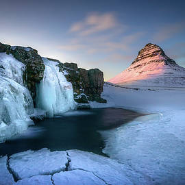 Kirkjufell, Iceland by Peter OReilly