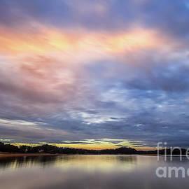 Lake Sidney Lanier by Bernd Laeschke