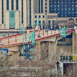 St. Paul, Minnesota by Curtis Tilleraas
