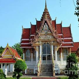 Thai Buddhist temple and gardens Hat Yai Songkhla Thailand by Imran Ahmed