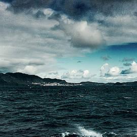 Wild Sea by Dirk Wuestenhagen