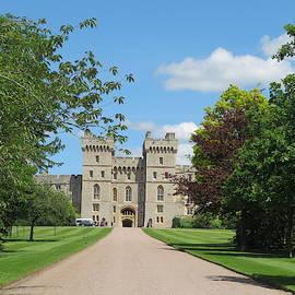Windsor castle by Ranim Asfahani