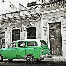 Havana, Cuba by Chris Andruskiewicz