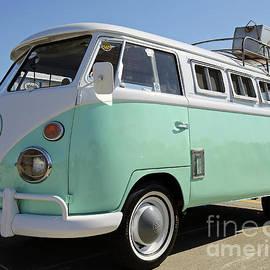 1962 Volkswagen MicroBus by Steve Gass