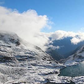 Alex Lim - Mountain Lake