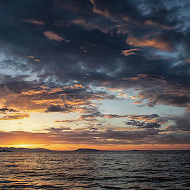Qualicum Sunset by Randy Hall