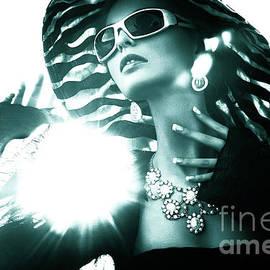 4001 Fashion Fashionista Model by Amyn Nasser Photographer - Atelier Nasser