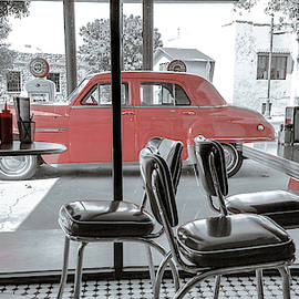 50's American Diner by Darrell Foster