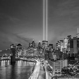911 Tribute In Light In Nyc II Bw by Susan Candelario