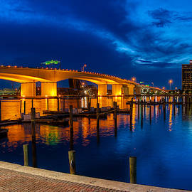 Acosta Bridge at Night by Farol Tomson